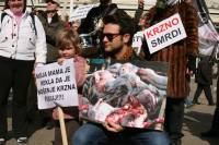 Anti-fur protest Zagreb 2009 p [ 152.84 Kb ]