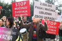 Anti-fur protest Zagreb 2009 s [ 86.06 Kb ]