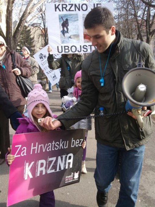 Anti-fur demo Zagreb 2012 t