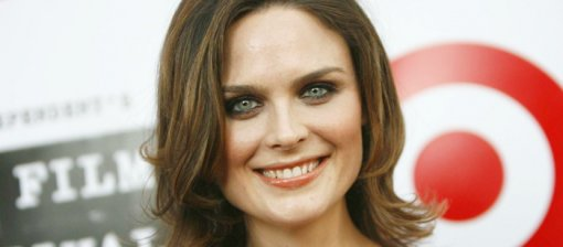Emily Deschanel [ 144.99 Kb ]